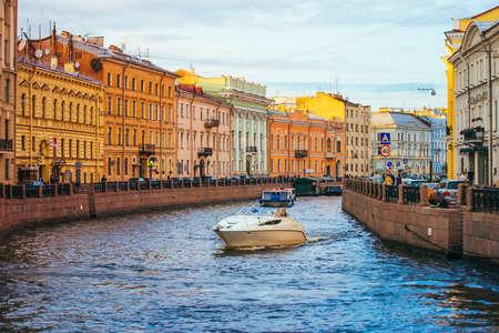 サンクトペテルブルク、ロシアでモイカ川 写真素材