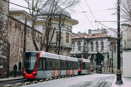 전차 Sultanahmet, 이스탄불, 터키에서에서 거리 중 하나에서 본.