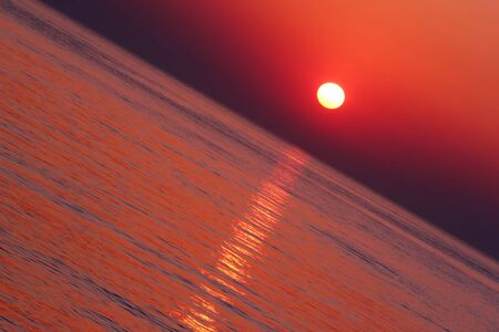 Tropical Sunset in diagonal composirion