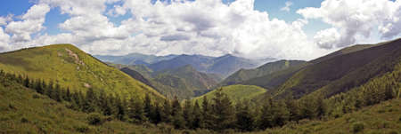 panoramische foto van een mooi berglandschap; Wutai shan, china Stockfoto