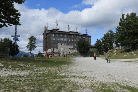 Slovenia, Bohinj - 08 14 2019: View of the Vogel ski resort mountains in Slovenian Julian Alps Reklamní fotografie - 136918887