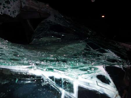 Total car crash smash accident on a road Reklamní fotografie - 136865910