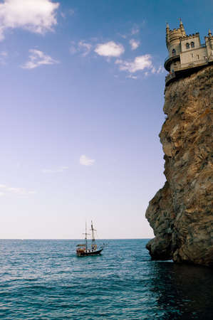 Swallows Nest castle and ship photo