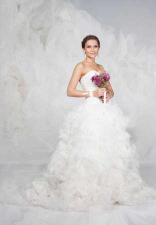 Brunet bride portrait in studio Banco de Imagens - 11568336