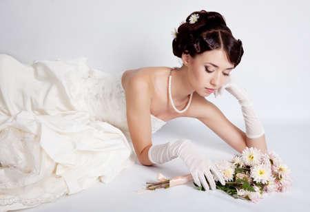 Brunette haar bruid portret Stockfoto - 12326213