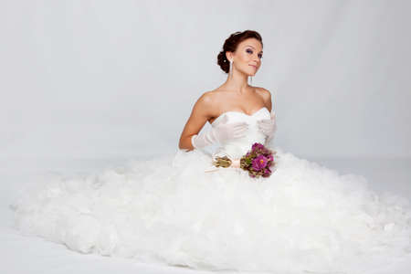 Beautiful brunette bride portrait in studio Banco de Imagens - 13623901