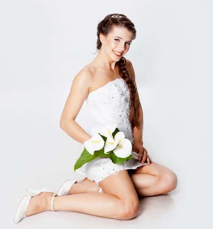 Bride portrait with callas flowers photo