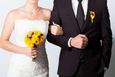 Bride and groom portrait in studio Banque d'images
