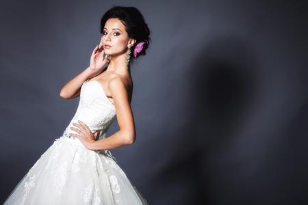 Young attractive bride portrait in studio Banco de Imagens