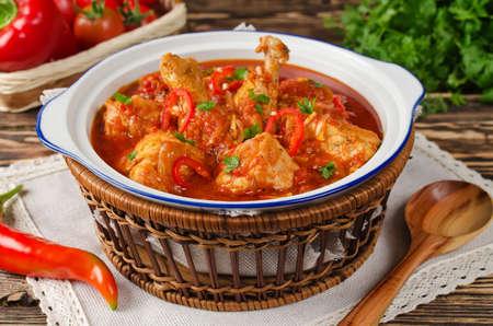 Chakhokhbili - トマトと玉ねぎと鶏の煮込み。ジョージ王朝の国民食