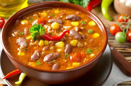 Mexicaans gerecht Chili Con Carne in plaat Stockfoto