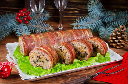 meatloaf: Oven Baked meatloaf with bacon, mushrooms, carrots, onions and mashed potatoes. Christmas appetizer
