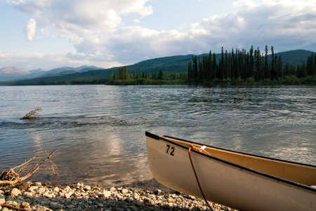 yukon territory: Canoe on the Yukon river in Canada