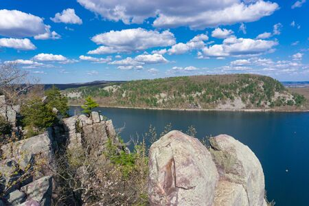 Looking out onto Devil's Lake in Baraboo, Wisconsin Banco de Imagens