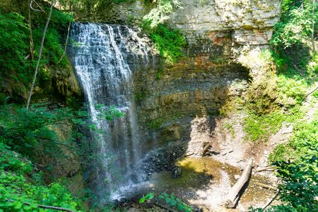 Tiffany falls in Hamilton, Ontario Canada summertime view from above Banco de Imagens
