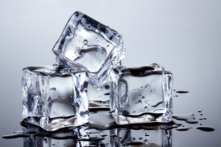 melting: cubitos de hielo Foto de archivo