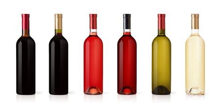 uvas vino: Conjunto de blanco, rosa, y las botellas de vino tinto. aisladas sobre fondo blanco