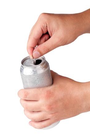cola canette: canette de bi�re dans la main isol� sur fond blanc Banque d'images