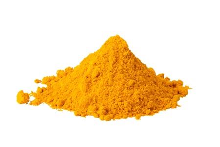 Heap Boden Curry isoliert auf weißem Hintergrund
