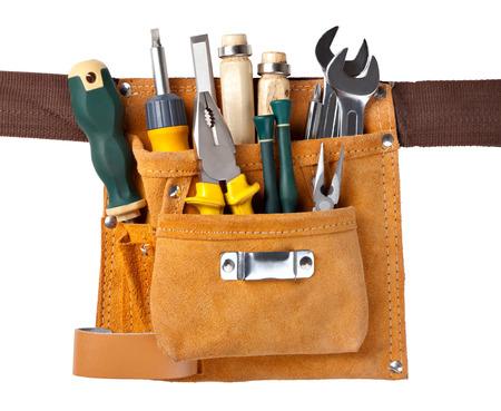 herramientas de carpinteria: un conjunto de herramientas en la caja de herramientas aisladas en el fondo blanco