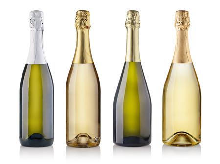 bouteille champagne: Ensemble de bouteilles de champagne. isol� sur fond blanc