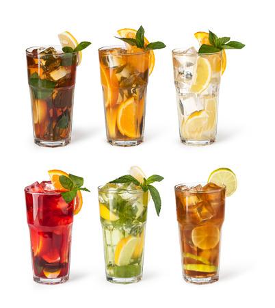 lemonade: conjunto con diferentes cócteles en el fondo blanco Foto de archivo