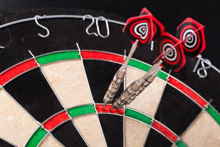 DARTS: darts arrows in the target