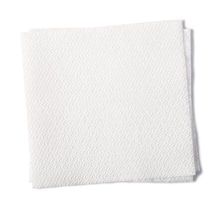 serviette: servilleta de papel aislado en el fondo blanco