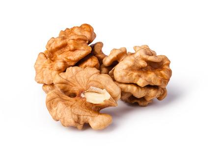 walnoten geïsoleerd op witte achtergrond