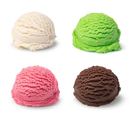 Bola de helado aislado sobre fondo blanco.