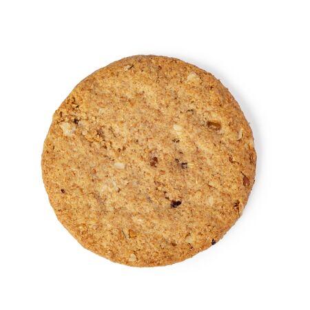 Biscuit aux pépites d'avoine isolé sur fond blanc