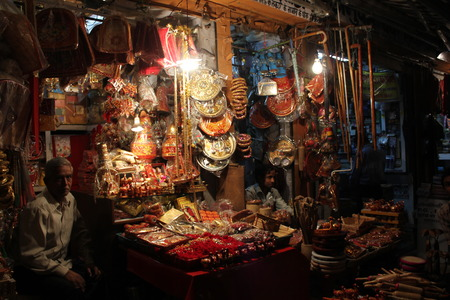 suq: JAIPUR, INDIA : Indian souq at night, full of stands with fashion accesories and Indian typical products