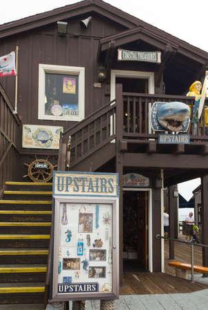 barbara: SANTA BARBARA, USA - AUG 15 2014: Wooden Shop in Stearns Wharf, Santa Barbara Pier, California, in a dull day