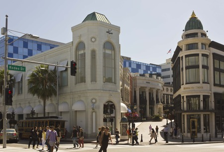 beverly hills: BEVERLY HILLS, USA - AUGUST 17 2013: Beverly Hills city centre in Rodeo drive road