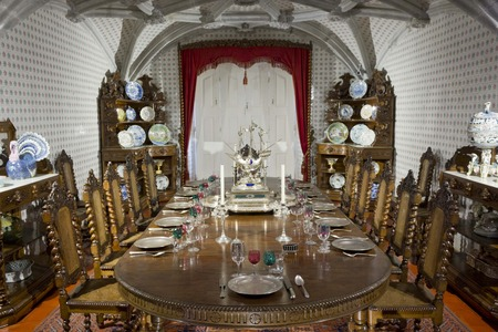 ceiling plate: SINTRA, PORTUGAL - OCTOBER 25 2014: Sintra National Palace dining room, typical portuguese set Editorial