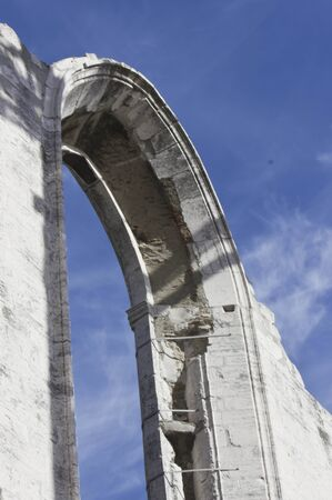 convento: LISBON, PORTUGAL - OCTOBER 25 2014: Close up detail of an arched window of the Convento do Carmo in Lisbon, damaged by the earthquake