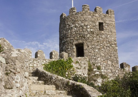 moors: SINTRA, PORTUGAL - OCTOBER 25 2014: Tower detail inside the Castle of the Moors in Sintra, Portugal Editorial