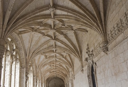 vaulted ceiling: LISBON, PORTUGAL - OCTOBER 24 2014: Looking up at the vaulted ceiling of Interior courtyard of the Jeronimos Monastery of Lisbon, Portugal