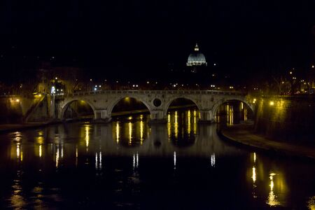 saint peter: ROME, ITALY - DECEMBER 30 2014: Ponte Sisto at Night in Rome, on Tevere River with Saint Peter Basilica roof in the background Editorial