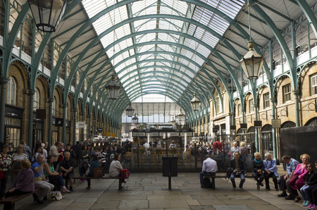 covent garden market: LONDON, UNITED KINGDOM - SEPTEMBER 12 2015: People in Covent Market covered roof in London, United Kingdom