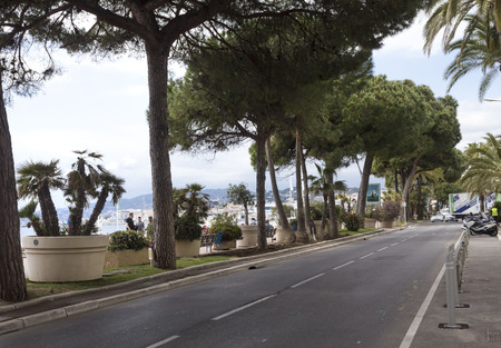 CANNES, FRANCE - APRIL 24 2017: Road facing Cannes croisette 報道画像