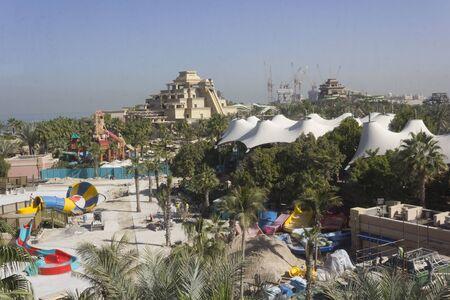 DUBAi, UAE - DECEMBER 30 2017: view from the top of Aquaventure waterpark in Dubai Archivio Fotografico - 140914292
