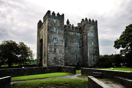 durty: Old Bunratty Castle and garden in Ireland