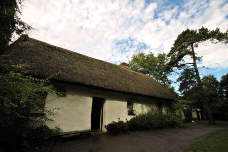 durty: white village and cottage in Bunratty Folk Park, Ireland