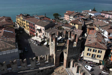 view of Sirmione downtown from tower's castle. Garda lake, northern Italy Imagens - 104682759