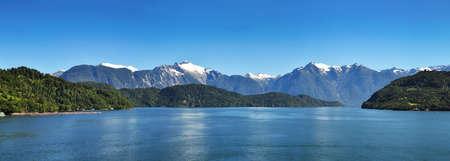 チリのフィヨルドの美しいパノラマ ビュー:, Aysen フィヨルドとプエルト チャカブコ周辺エリア、パタゴニア、チリ、南アメリカ。 写真素材