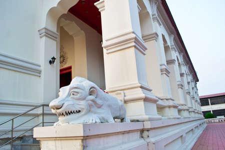 thialand: Lion Sculpture in Wat Supattanaram,Ubon Ratchathani, Thialand