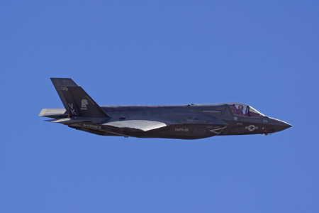 mach 1: Miramar, California,USA- October 3,2014. F-35 Lightning performs at 2014 Miramar Airshow