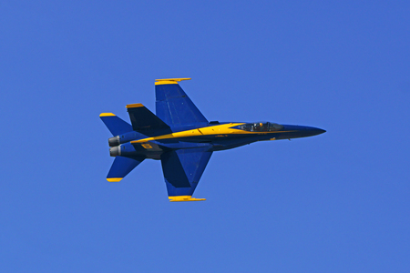 f18: Airplane Blue Angels F-18 Hornet