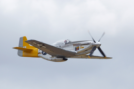 wwii: Airplane vintage WWII P-51 Mustang